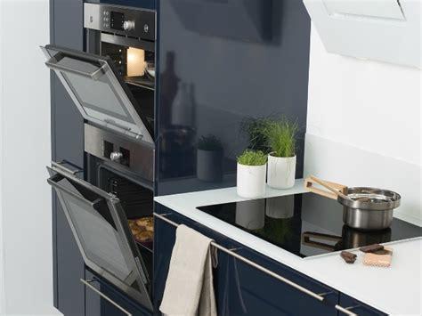 hauteur d un plan de travail de cuisine les règles de base pour aménager sa cuisine