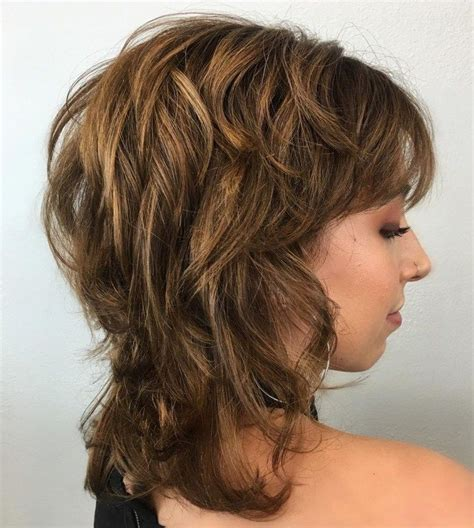 70 Best Variations of a MediumHaircut for Your