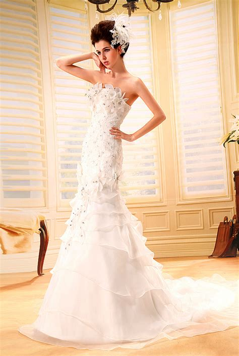 新潮时尚婚纱礼服设计图片_婚纱照-可爱小图片