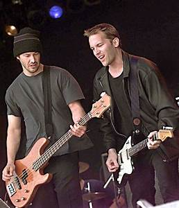 Reeves was the bassist in the rock band Dogstar | Keanu ...