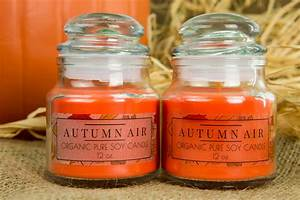 gloss vs matte choosing the right clear label With clear candle labels