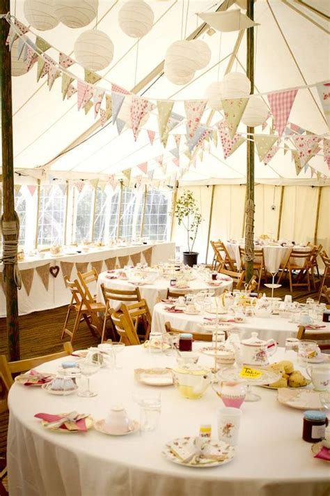 30 unique wedding ideas with bunting details deer pearl
