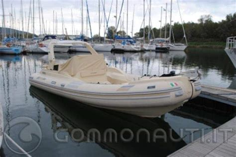 Gommoni Cabinati Solemar by Solemar 25 Offshore