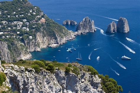 13 Incomparable Experiences On The Isle Of Capri