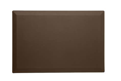 Wirecutter Standing Desk Mat by Wirecutter S Best Deals Save 80 On A Dell Inspiron 11 Laptop