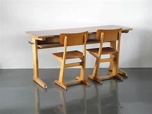 Tisch Und Stühle Zu Verschenken : die besten 17 ideen zu retro tisch auf pinterest m bel jahrhundertmitte retro uhr und mitte ~ Markanthonyermac.com Haus und Dekorationen