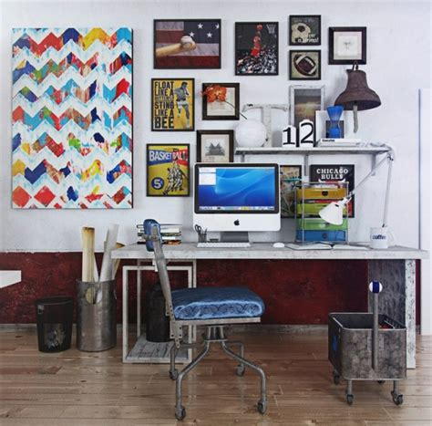 Colorful And Funky Interiors Visualized by Colorful Wall Decor 600x592 Jpg