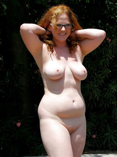 Redhead Wife Shows Her Tits Under The Sun