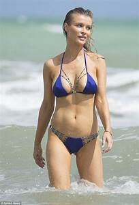 Coco Ho Nue : joanna krupa is one hot beach babe ~ Medecine-chirurgie-esthetiques.com Avis de Voitures