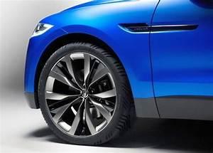 Nouveau 4x4 Jaguar : concept new jaguar c x17 suv 4x4 oopscars ~ Gottalentnigeria.com Avis de Voitures