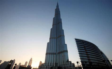 Man Jumps To His Death From Burj Khalifa Emirates 247