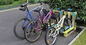 Fahrradständer Selber Bauen : praktisch und stylisch diy fahrradst nder aus paletten ~ One.caynefoto.club Haus und Dekorationen