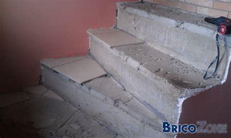 coiffeuse blanche si鑒e avec miroir inclus recouvrir un escalier en bois abimé de conception de maison