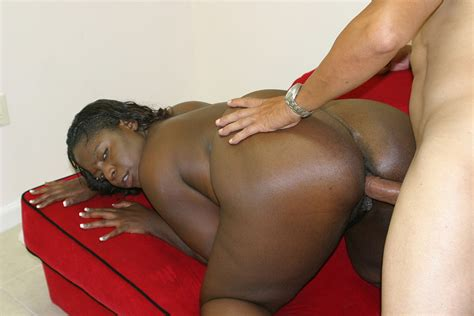 huge ass black whore guy dasilva having a deep pussy fuck pichunter