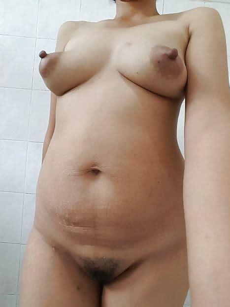 indonesian balinese milf nude photos 32 pics
