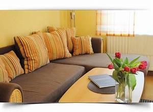 Lumen Pro Qm Wohnfläche : ferienwohnung staffelberg f r 2 personen uetzing ~ Markanthonyermac.com Haus und Dekorationen