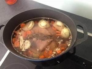 Recette Tripes Au Vin Blanc : pieds de cochon au vin blanc recipe pieds de porc recette viande recette porc ~ Melissatoandfro.com Idées de Décoration
