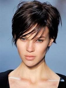 Coupe Courte De Cheveux Femme : coupe de cheveux pour femme ~ Dallasstarsshop.com Idées de Décoration