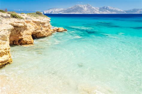 Why Island Hopping In The Small Cyclades Should Make Your