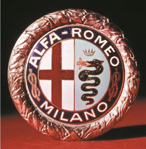 vintage alfa romeo logo logo alfa romeo 1925 1945 an icon a legend