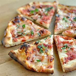 Easy Recipe: Classic Margherita Pizza — Recipes from The ...