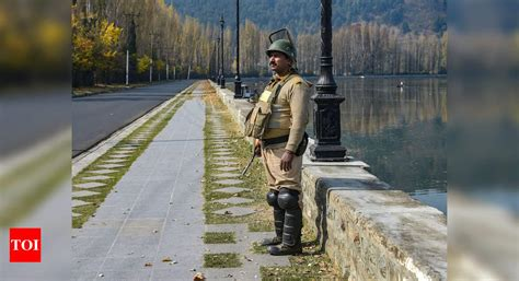 Jammu and Kashmir transitions from state into two Union ...