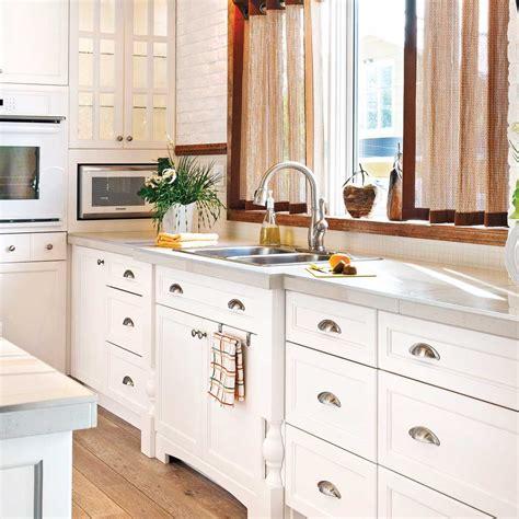 installer evier cuisine en é installer un évier de cuisine en é décoration et rénovation pratico pratique