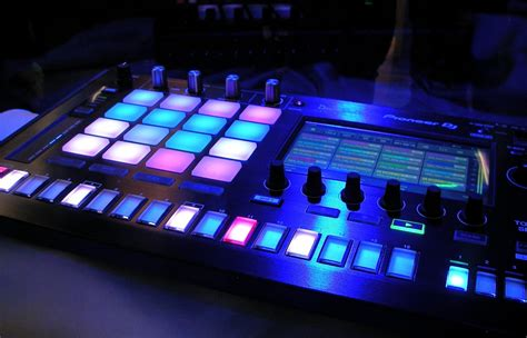 13 Tips for Mixing and Producing EDM