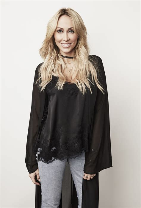 tish cyrus tish cyrus worried about noah follwing in miley s music footsteps people com