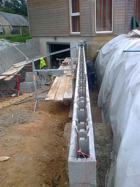 ferraillage bloc a bancher mur de soutenement en bloc a bancher montage et coulage des blocs a
