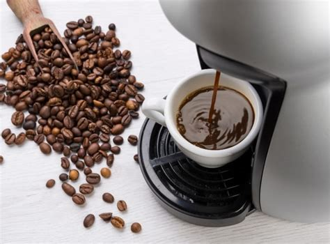 After running the lemon juice for a few minutes, let. 11 Ways To Clean A Coffee Maker Without Vinegar ...