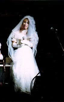 yoshiki beautiful bride  japan yoshiki  bride