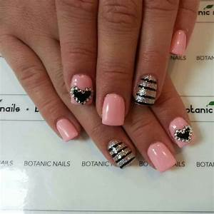 LIGHT PINK WITH SILVER & BLACK DESIGNS | nail designs ...