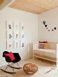 1001 idees pour la decoration chambre bebe fille With tapis chambre bébé avec vans noir avec fleur