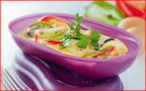 cuisiner avec tupperware cuisiner au micro ondes perrine tup 39 59