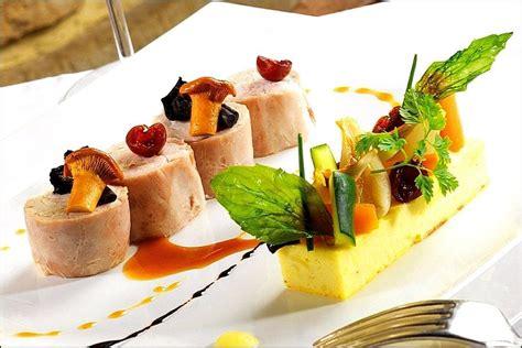 decoration assiette gastronomique recherche deco assiette mini foods