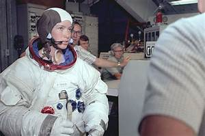 Astronaut Anna Fisher, first mom in space, retires from ...
