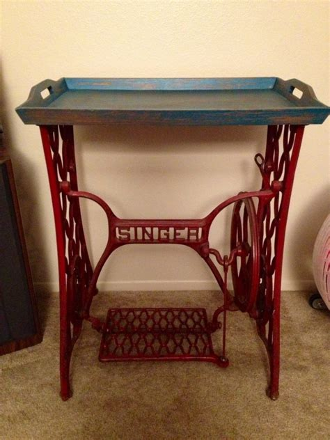 creative ways  reuse   sewing machine table