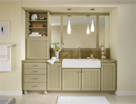 homecrest cabinetry bayport maple sprout traditional bathroom by masterbrand cabinets inc