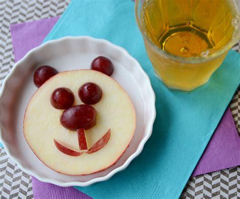 An Easy Panda Bear Snack · Kix Cereal