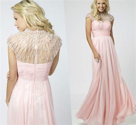 Modest plus size prom dresses - PlusLook.eu Collection