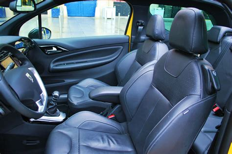 citroen ds3 cabrio sport chic interieur