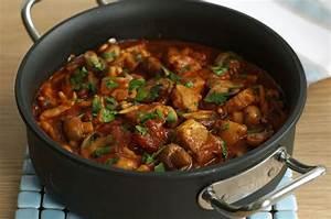 Pork and pepper goulash recipe goodtoknow