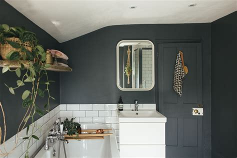 decorating a bathroom ideas choosing a light or bathroom colour scheme for a