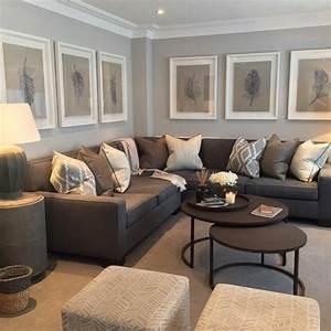 Braunes Sofa Welche Wandfarbe : ein wohnzimmer in braun wirkt einladend und wohnlich ~ Watch28wear.com Haus und Dekorationen
