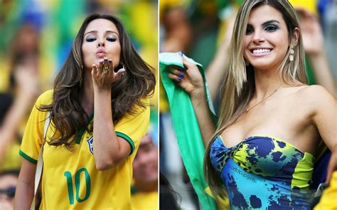Photos of hot female fans in World Cup 2018 - all the hottest female fans!