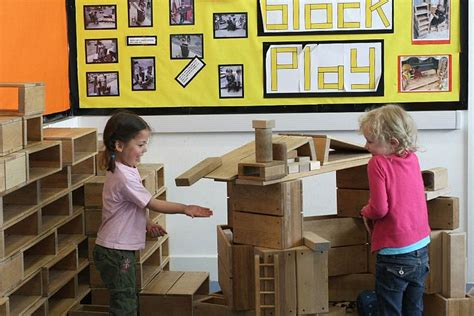 15 best hollow blocks images on block play 941 | 32456a3ba7d9d9fe68600ce73e537778 block area primary school