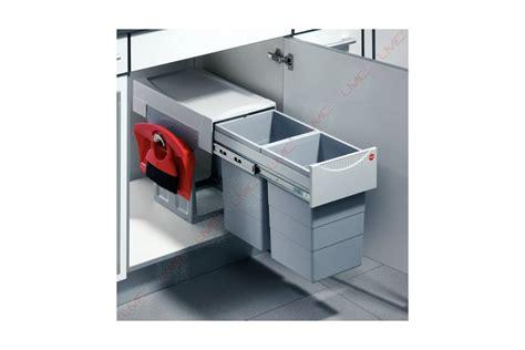 poubelle cuisine tri selectif 3 bacs poubelle coulissante tri selectif 2 bacs 30l accessoires