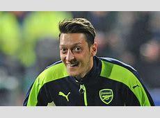 Arsenal Transfer News Man Utd dealt blow over Mesut Ozil