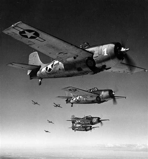 [photo] Wildcat Fighters Flying In Formation, Circa Mid